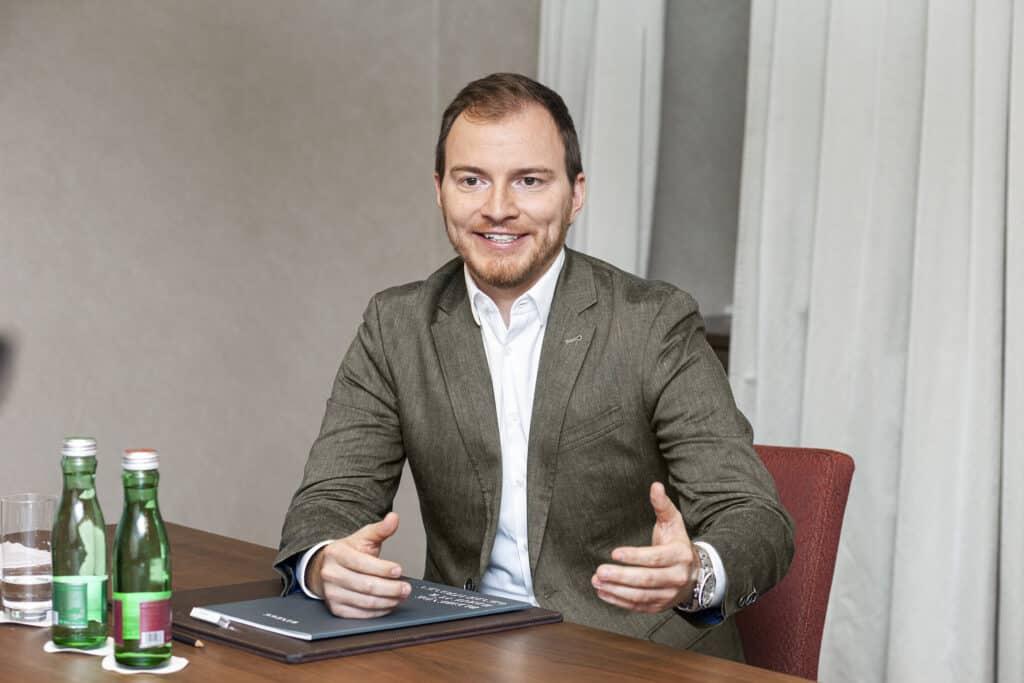 assets Magazin: Hannes Speiser