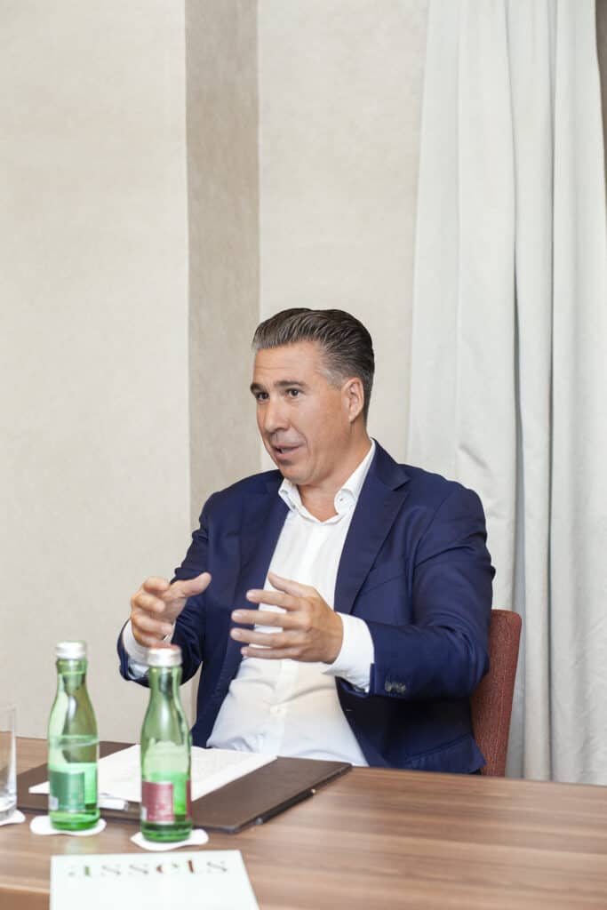 assets Magazin: Michael Schmidt