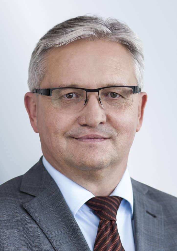 assets Magazin: Multi-Asset-Lösungen - Werner Painsy