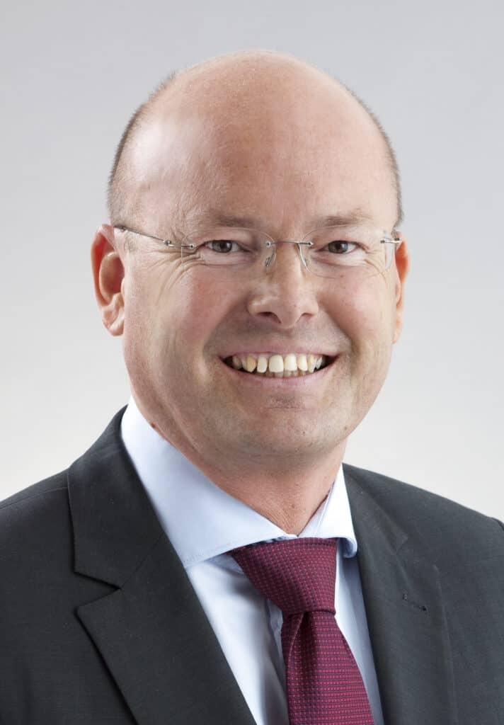 assets Magazin: Reinhard Walz