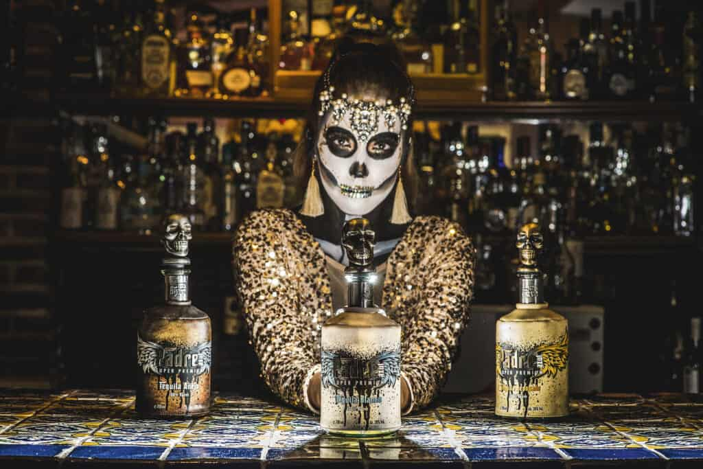 assets Magazin: Tequila Spirits Padre Azul