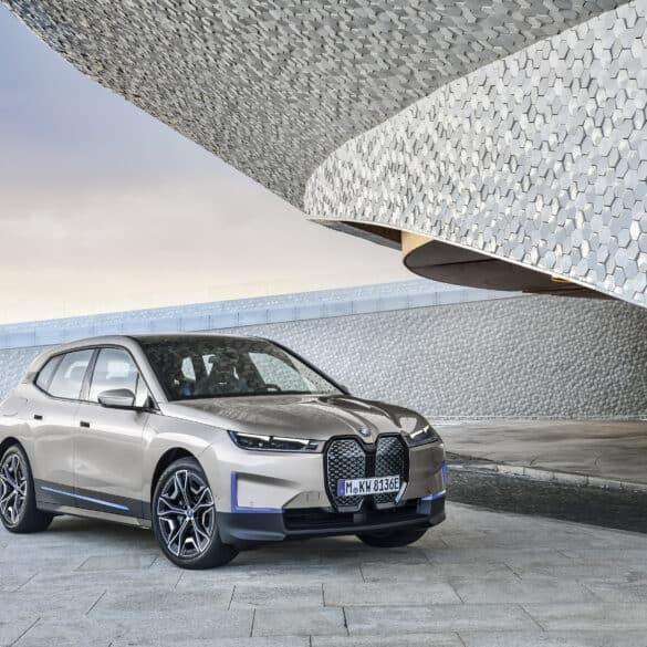 assets Magazin: BMW iX5