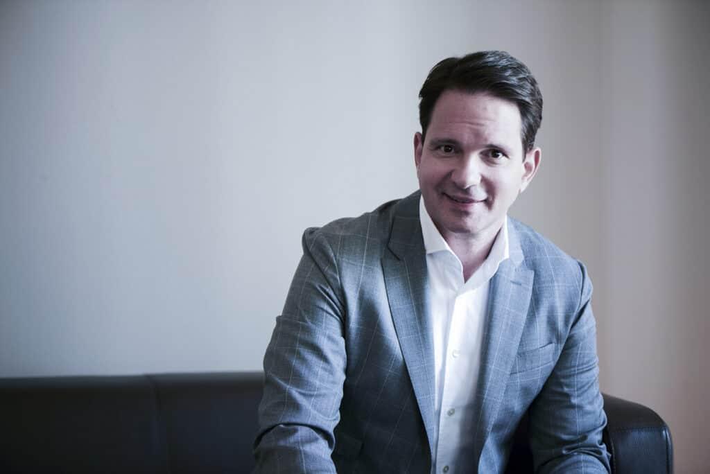 assets Magazin: Markus Arnold
