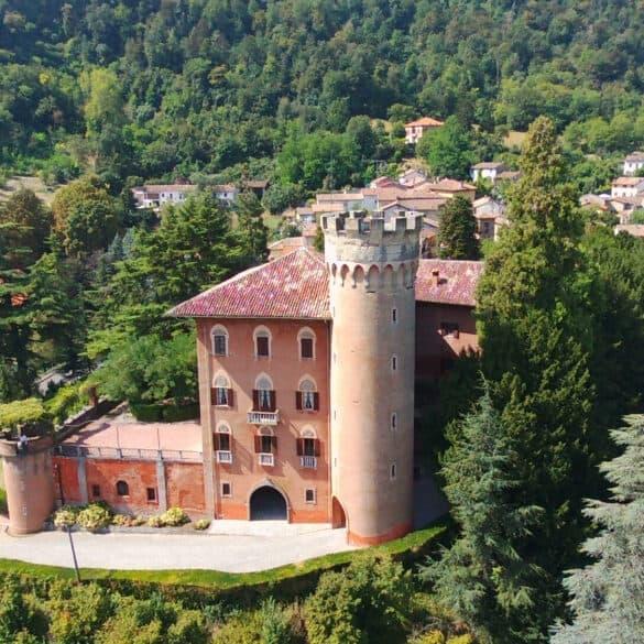 assets Magazin: Schloss von Serralunga di Crea