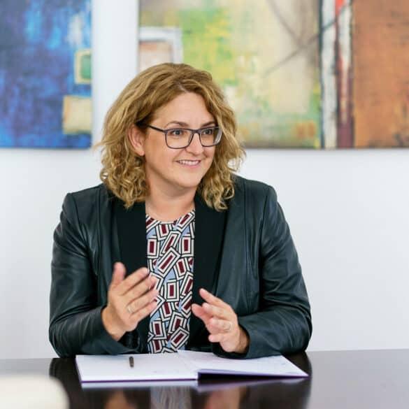 assets Magazin: Gudrun Meierschitz - Acredia und Euler Hermes